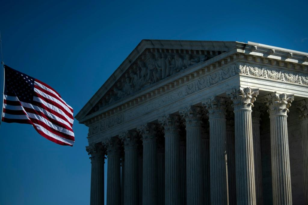 Supreme Court Rules New York Cannot Limit Religious Services | KFI