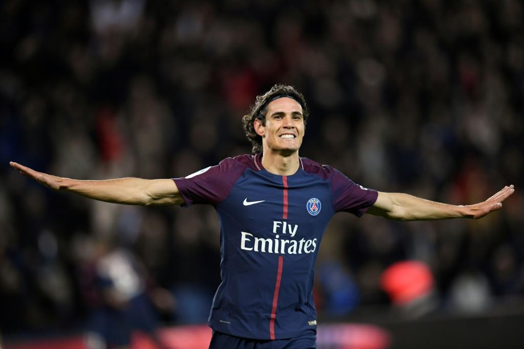Edinson Cavani: Manchester United need to expand striker's agreement