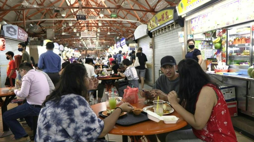 UNESCO on Wednesday approved Singapore's bid to have its street food included on a list of intangible cultural heritage. The city-state is full of open-air food courts where vendors serve delectable -- and cheap -- dishes.