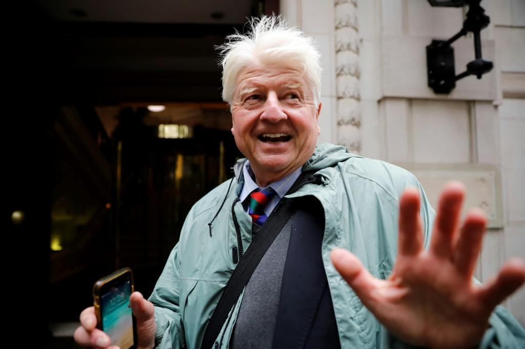 Boris Johnson's father to apply for French citizenship