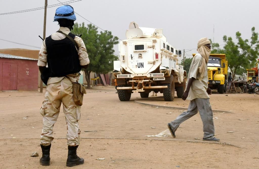 Peacekeepers travelling between Douentza to the city of Timbuktu hit a roadside bomb, according to the MINUSMA peacekeeping mission