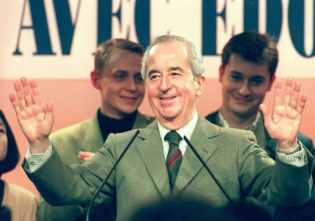 Prosecutors say Edouard Balladur used arms deal kickbacks to pay for his 1995 presidential campaign.