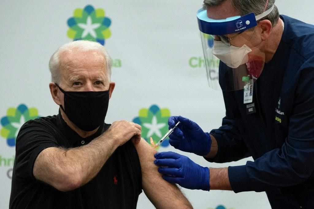 Biden receives a Covid-19 vaccine on January 11