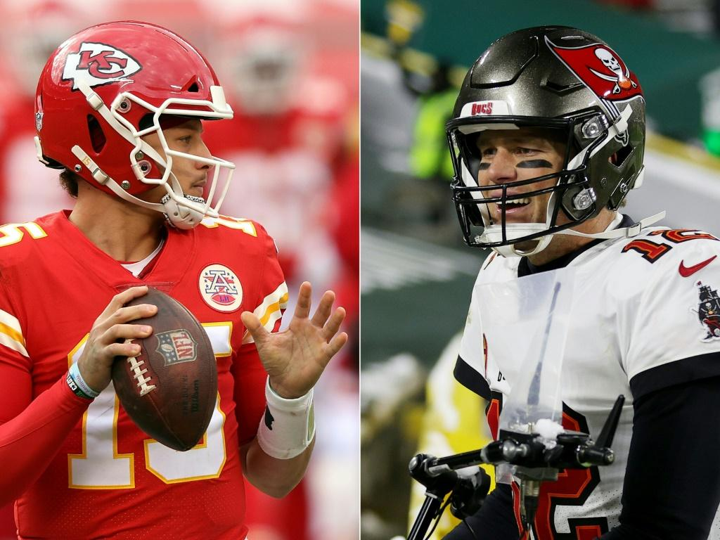 Patrick Mahomes (L) and Tom Brady wil go head-to-head in the Super Bowl as the Chiefs face the Buccaneers