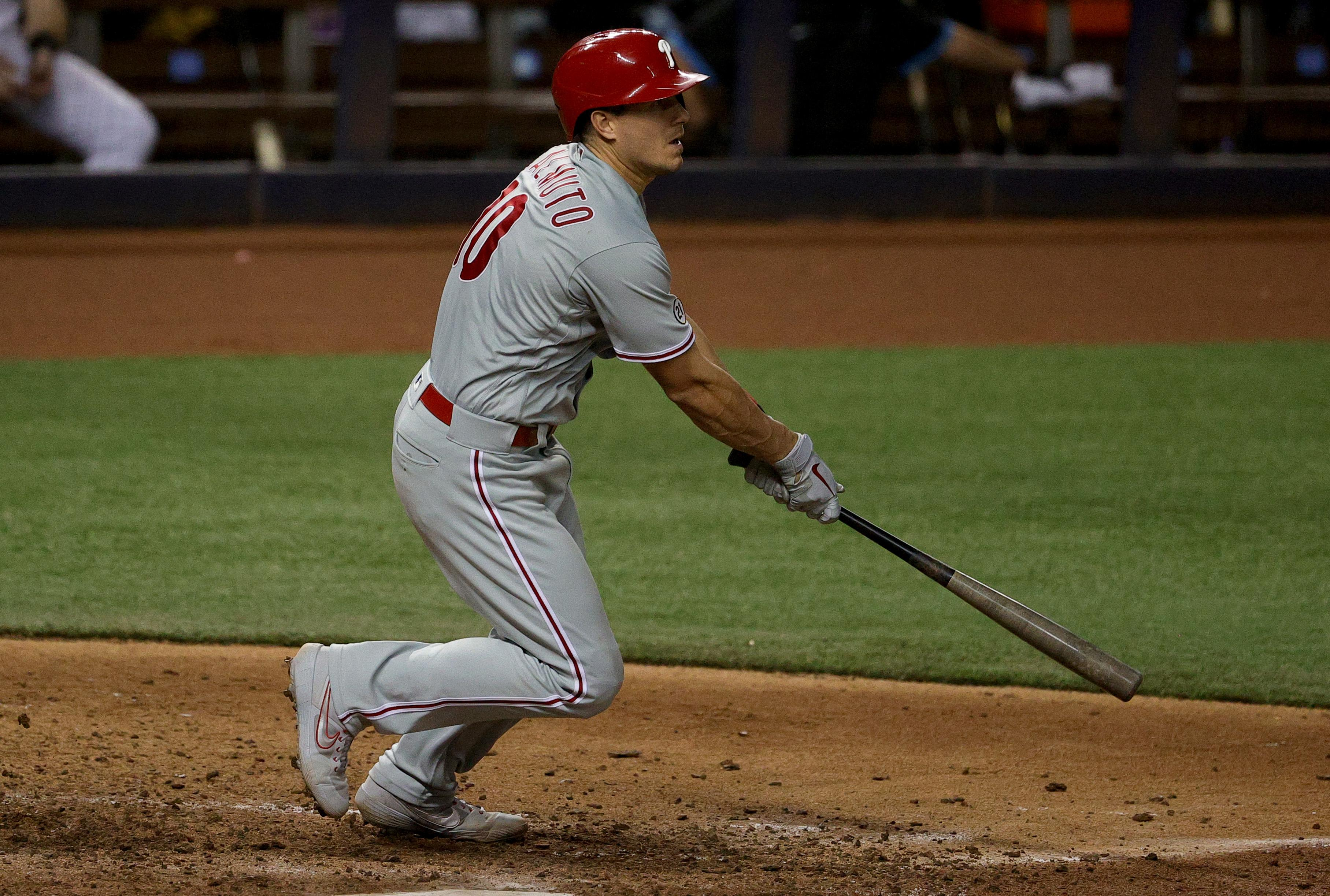 JT Realmuto stays with the Phillies