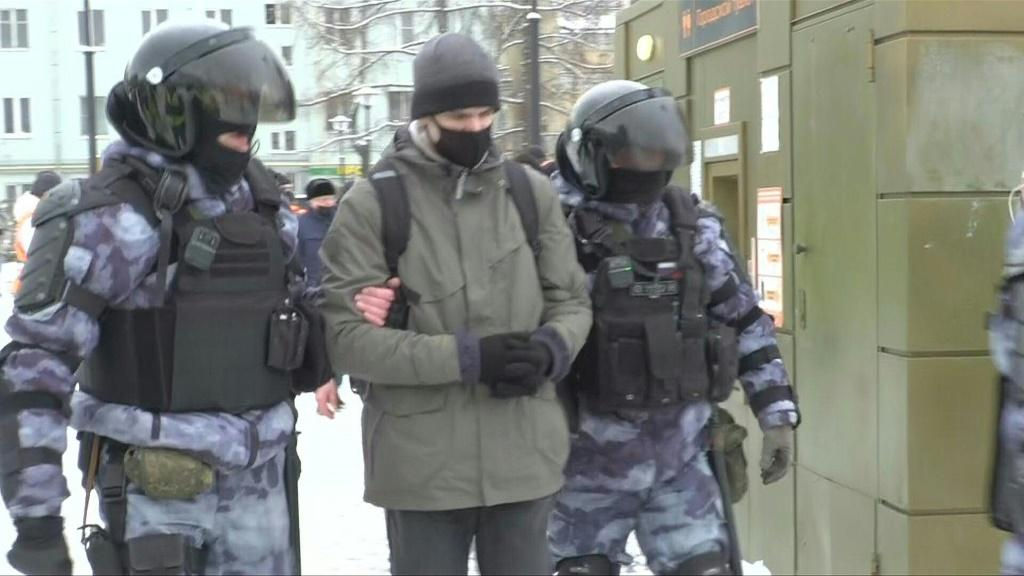 IMAGESPolice detain protesters on Moscow's Boslhaya Sukharevskaya Square as more than 1000 people are detained during demonstrations across Russia calling for the release of jailed Kremlin critic Alexei Navalny.