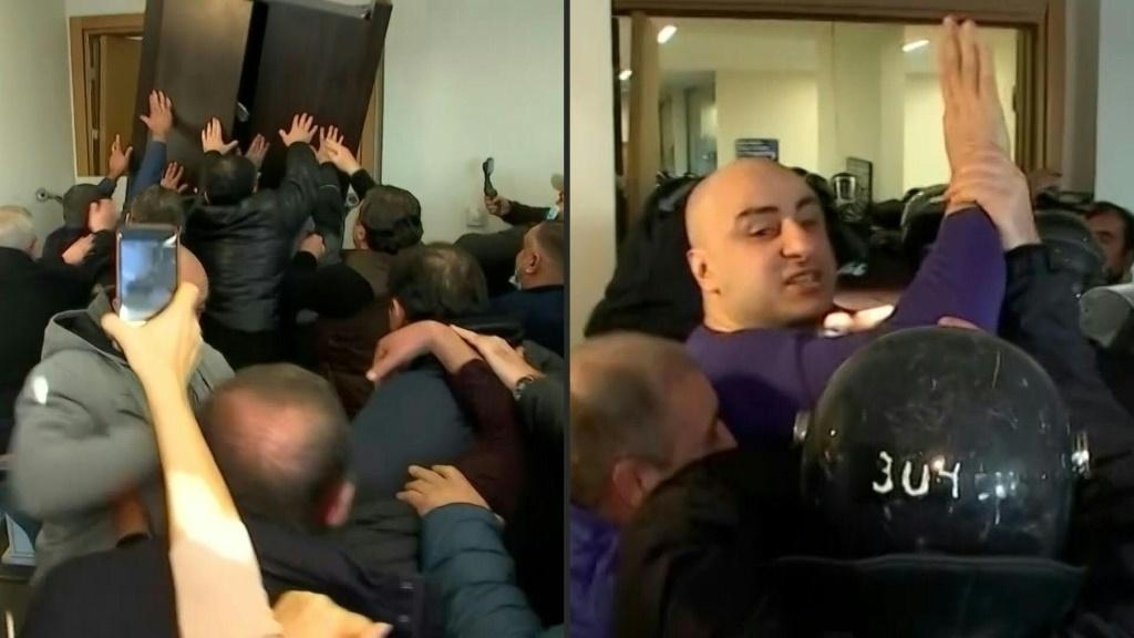 IMAGESGeorgian police arrest a top opposition leader and use tear gas in a violent raid on his party headquarters, further deepening a political crisis sparked by last year's disputed parliamentary elections. Local television footage shows Nika Melia, the