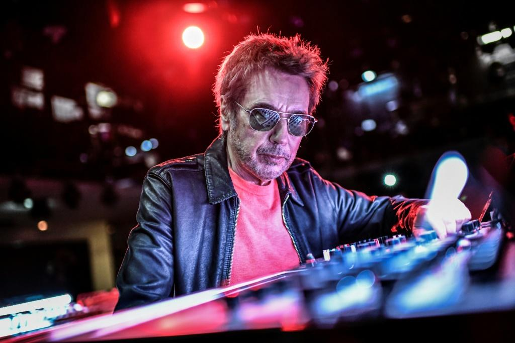 Jean-Michel Jarre says he would be 'very pleased' to work with the two members of Daft Punk in the future