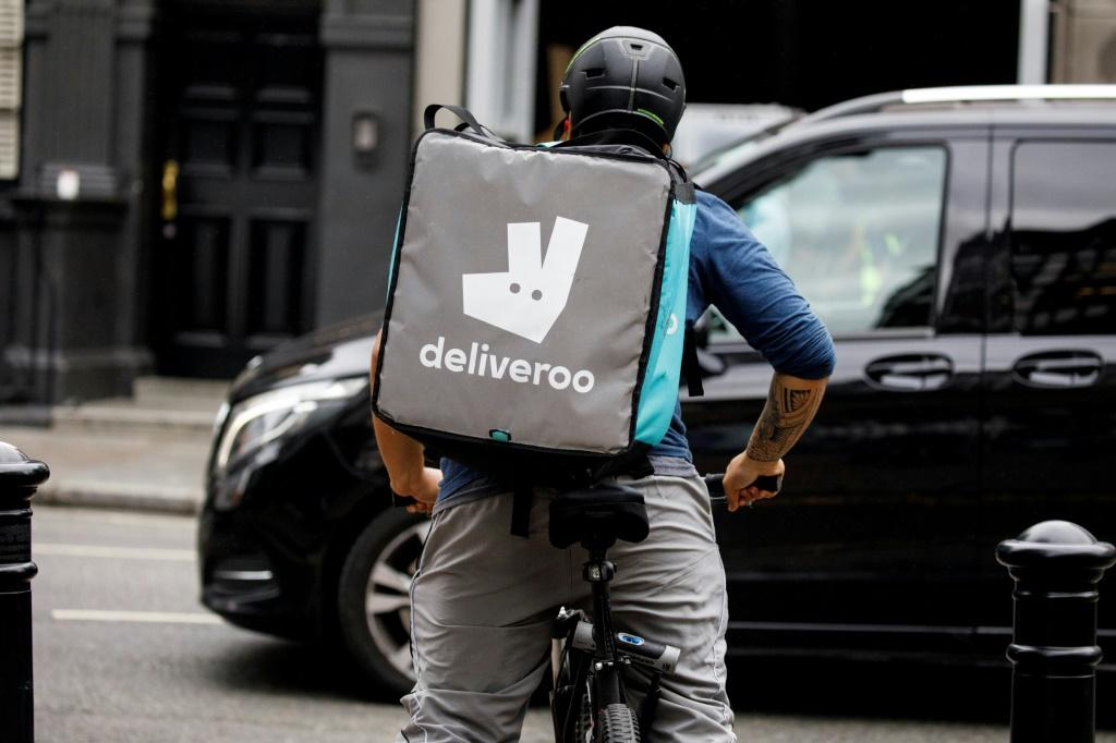 """British finance minister Rishi Sunak welcomed Deliveroo's announcement, saying """"the UK is one of the best places in the world to start, grow and list a business""""."""