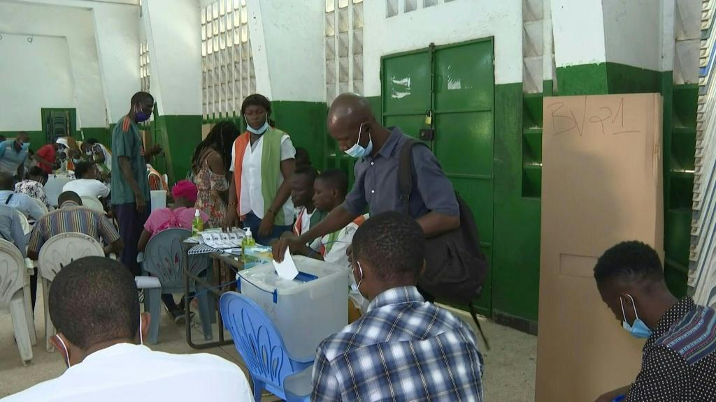 Polls open in Abidjan as Ivory Coast holds parliamentary elections in a key test of stability after presidential elections last year were marred by violence.