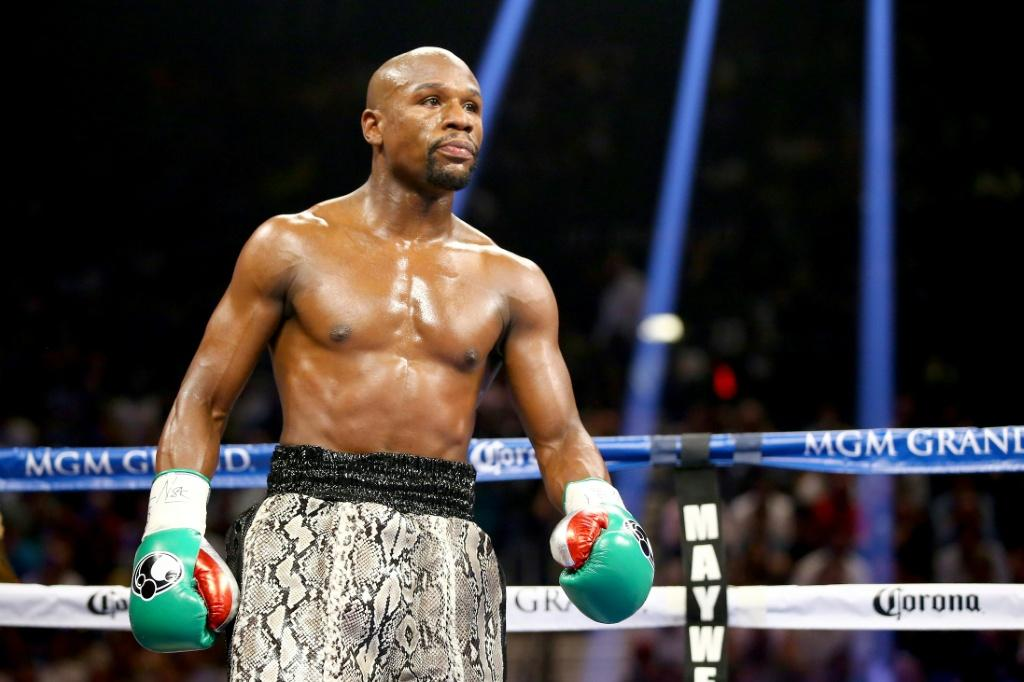 Floyd Mayweather says he will meet Youtube personality Logan Paul in the ring in Miami on June 6