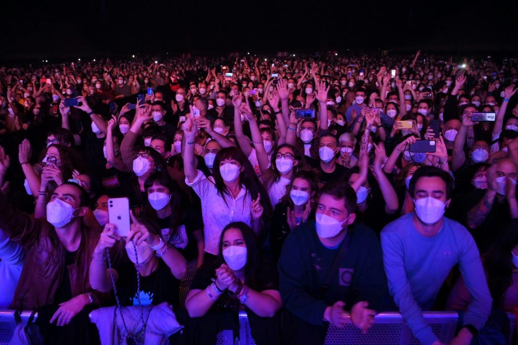 Only six people out of 5,000 revellers at the Barcelona concert tested positive for the coronavirus