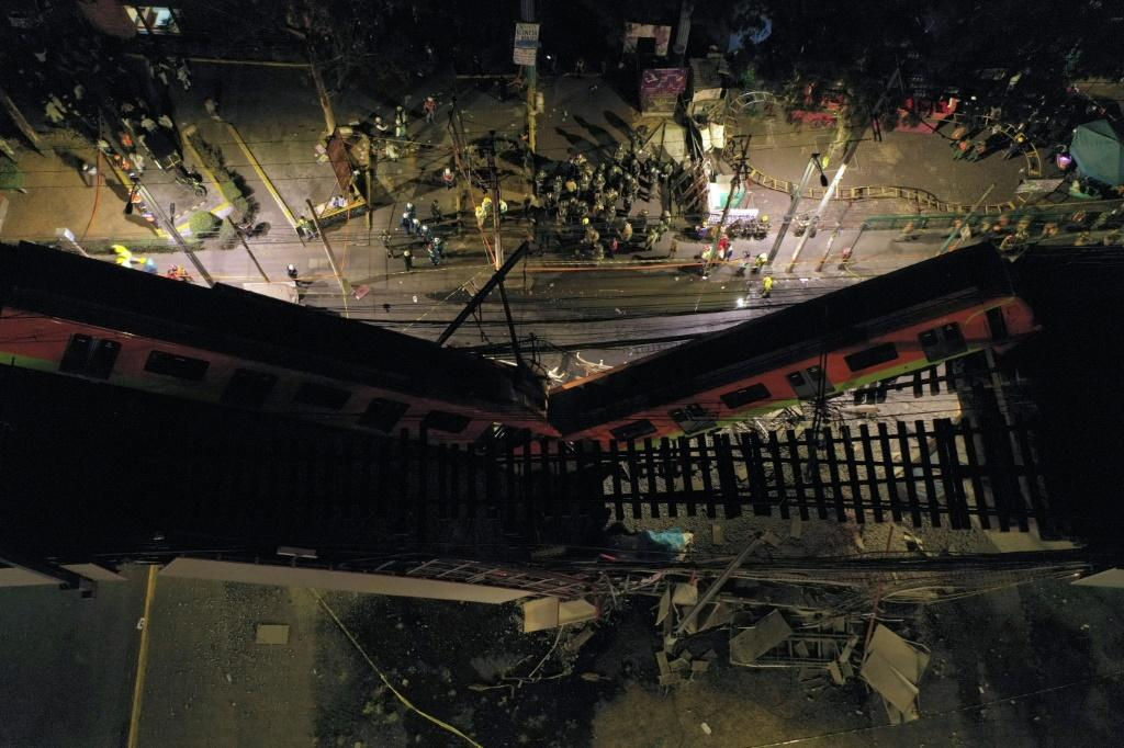 An aerial view shows rescue workers at the site of the Mexico City metro accident