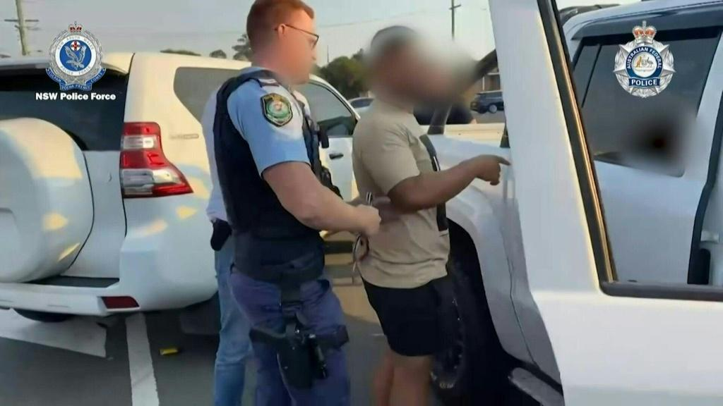 Australian police raid properties and seize evidence in New South Wales as part of a three-year global operation to infiltrate criminal groups with FBI-operated encrypted phones, resulting in hundreds of arrests worldwide.Duration:00:50