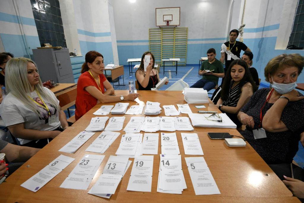 """OSCE election observers praised the polls as """"competitive and well-run"""" and said that vote counting was """"highly transparent"""