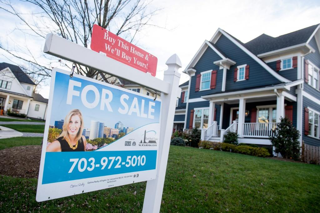 Median US home prices hit a new record in May as inventory remains tight