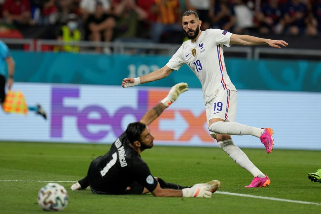 Karim Benzema scored his first goals for France since October 2015