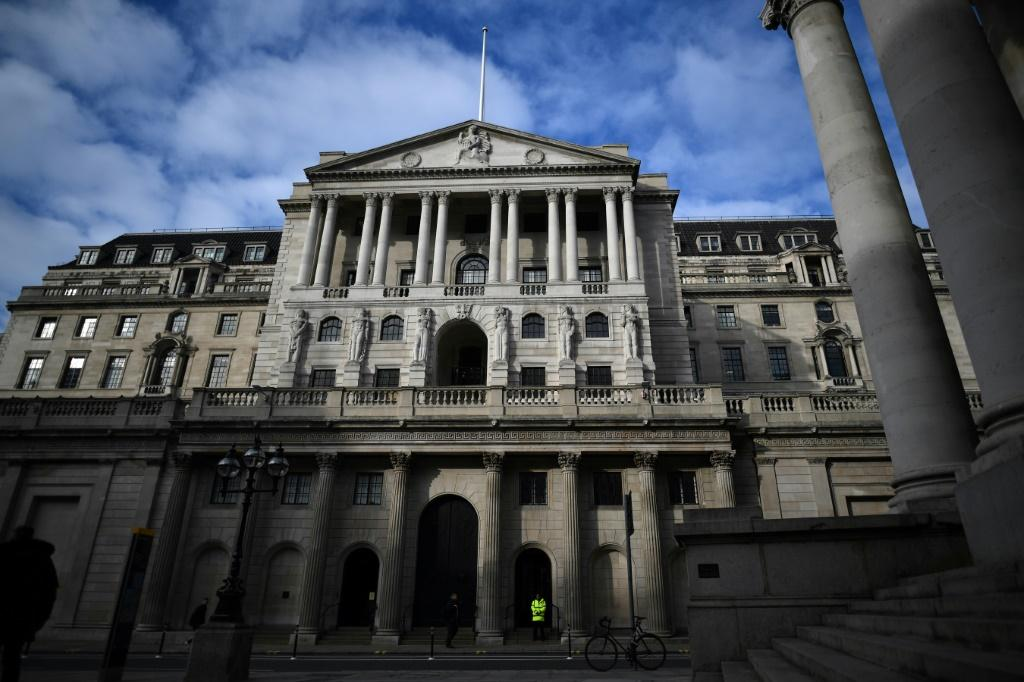The world's top central banks grapple with fears of an inflationary spike, fuelled by commodity price gains, and worries over the health of post-Covid economic recovery.