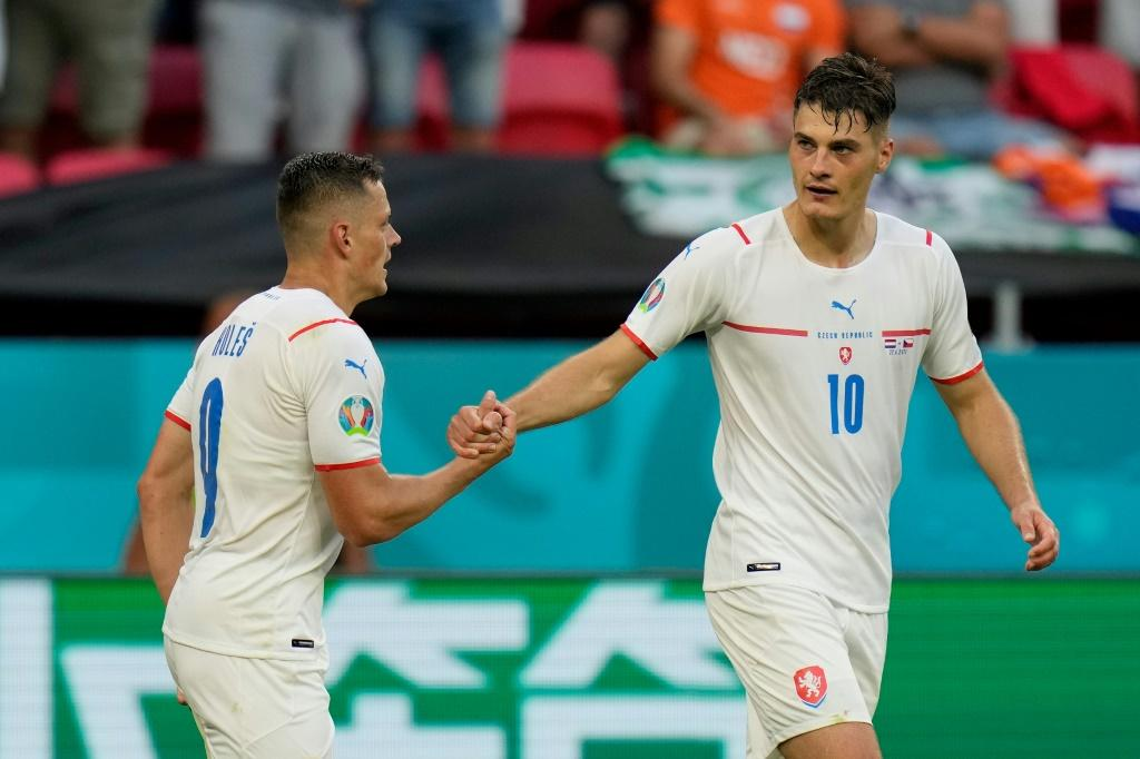 Tomas Holes and Patrik Schick scored the goals as the Czech Republic dumped out the Netherlands in Budapest