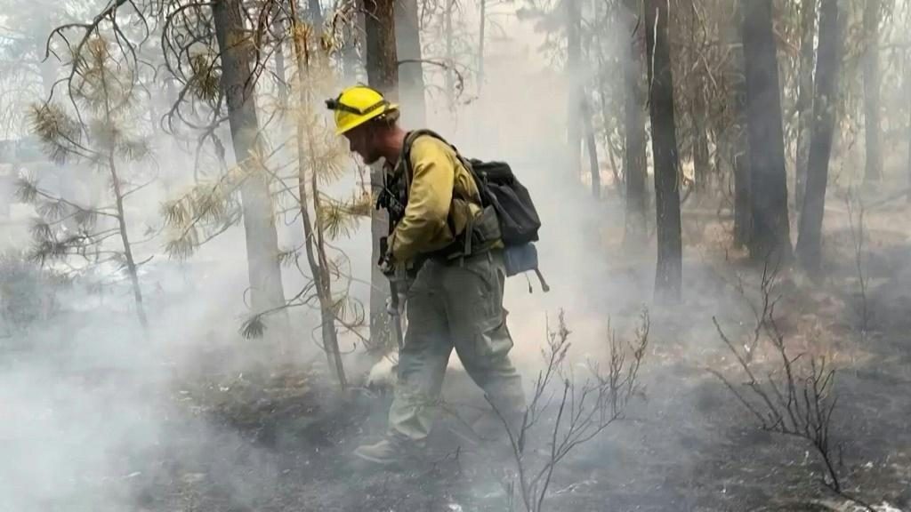 More than 2,100 US firefighters in southern Oregon continue to fight the massive Bootleg Fire
