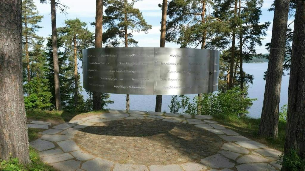 Ten years on, Utoya massacre survivors want Norway to confront far-right ideology