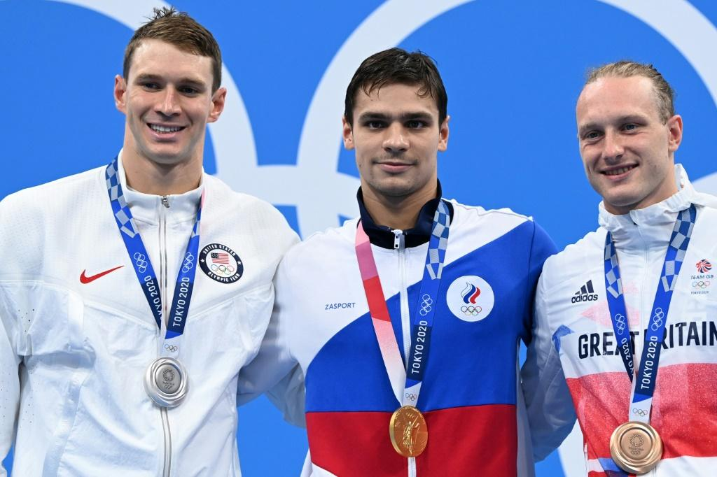 American Ryan Murphy (left) was beaten to the gold medal by Russian Evgeny Rylov in the men's 200m backstroke final