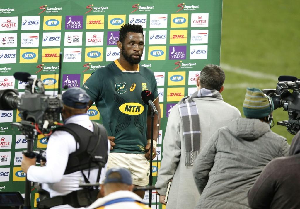 Fired up - Matt Dawson expects a South Africa side led by captain Siya Kolisi (C) to come out all guns blazing in a bid to level their series with the British and Irish Lions in the second Test at Cape Town on Saturday blindside flanker and captain Siya