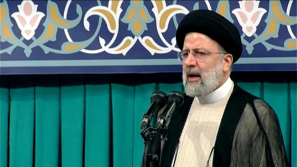 Iran's newly-inaugurated ultraconservative President Ebrahim Raisi vows that his government will endeavour to get US sanctions lifted but will not wait for foreign help to rescue the battered economy.