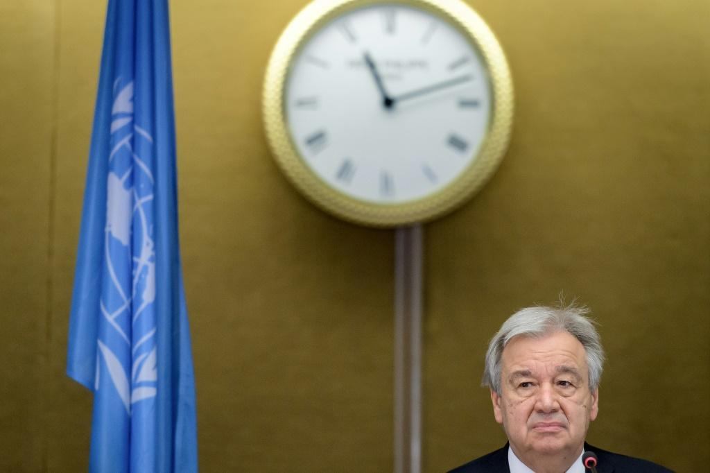 """UN Secretary-General Antonio Guterres says the world is """"moving in the wrong direction"""" on Covid-19 and climate change"""