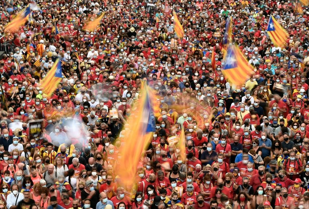 At the weekend, tens of thousands of people turned out for Catalonia's national day, many waving pro-independence Estelada flags