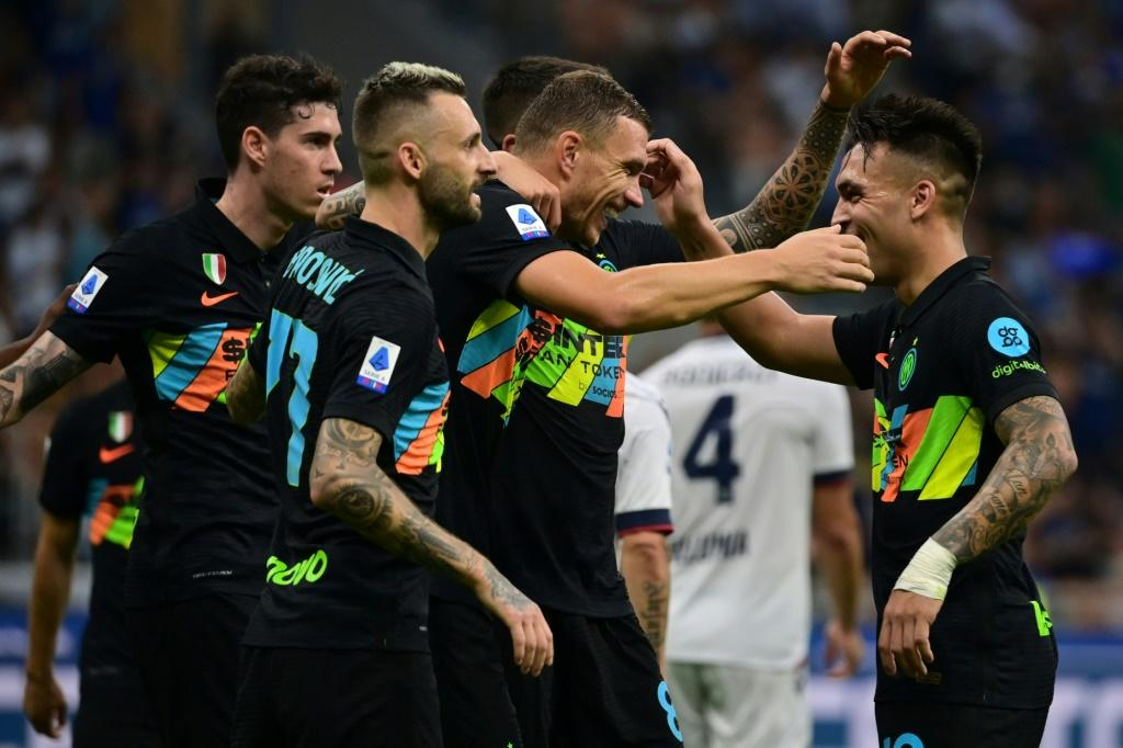 Inter Milan ran riot against Bologna to move top of Serie A