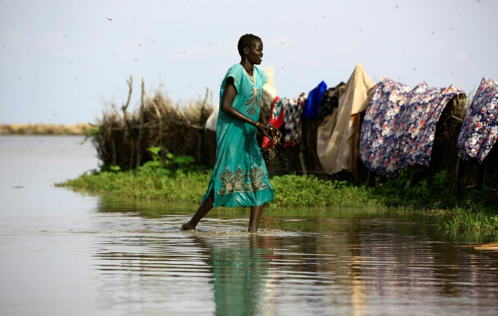 Aid workers have warned of a looming outbreak of water-borne diseases among the doubly displaced refugees