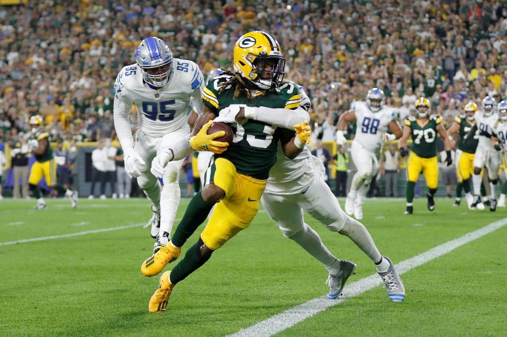 Jones rushed 17 times for 67 yards and caught six passes for 48 yards for Green Bay