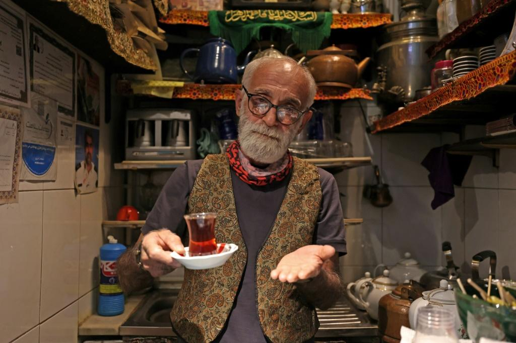 Experts say that Iranians consume an average of nine small glasses of tea a day, or 100,000 tonnes nationwide every year