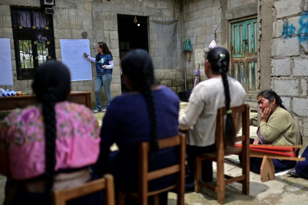 Daniela Gremion of the Fabrica Social project holds a fair trade workshop for Mexican weavers in Zinacantan