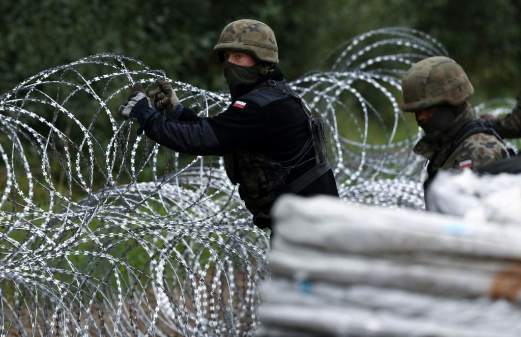 Non-governmental groups have warned of a humanitarian crisis for migrants crossing the border