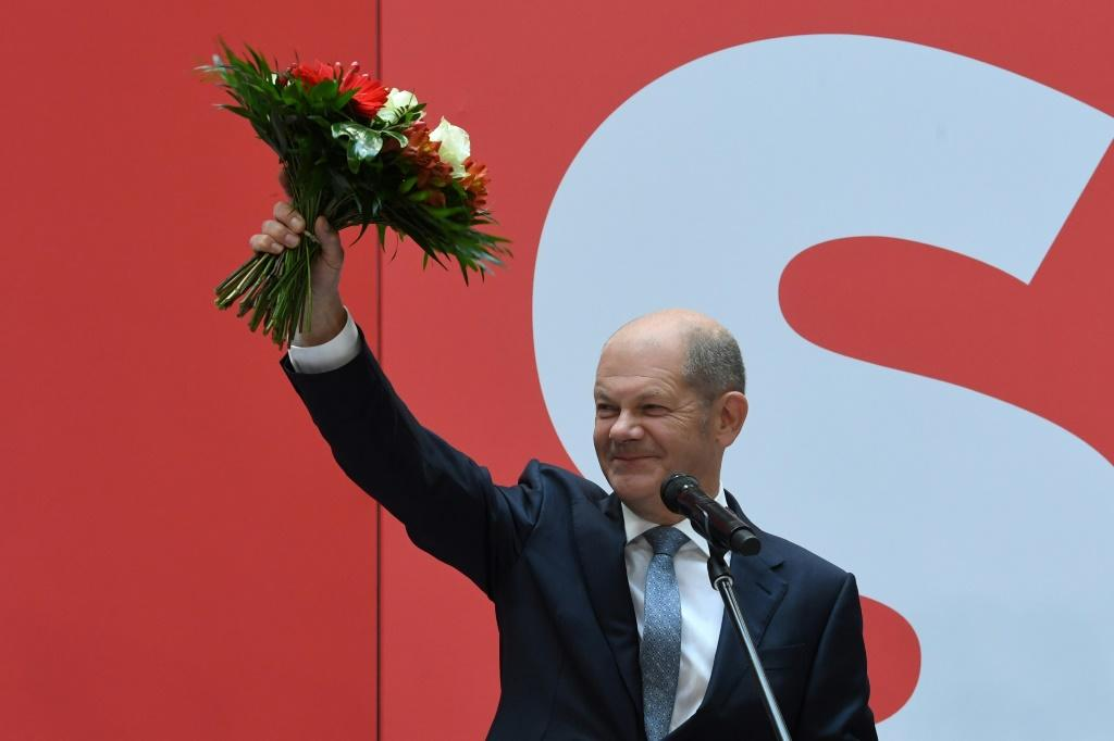Olaf Scholz and his centre-left Social Democrats (SPD) narrowly won the vote at 25.7 percent