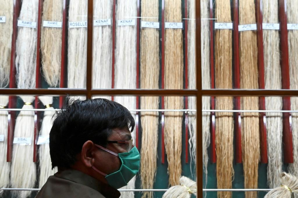 Today, India is trying to promote jute as a fabric for a sustainable future, with the government issuing a mandate that all foodgrains and 20 percent of sugar should be packed in jute sacks