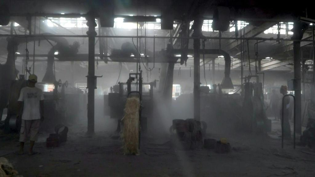 India's once-famed jute industry hanging by a thread