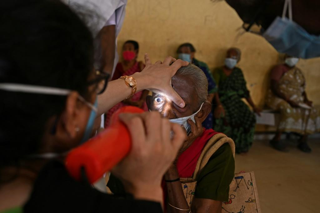 With a highly efficient assembly line model inspired by McDonald's, the network of hospitals of the Aravind Eye Care System performs half a million surgeries a year -- mostly for free