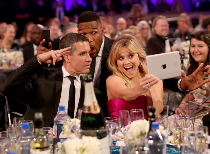Ah The Classic Photobomb! Courtesy Of Michael Strahan