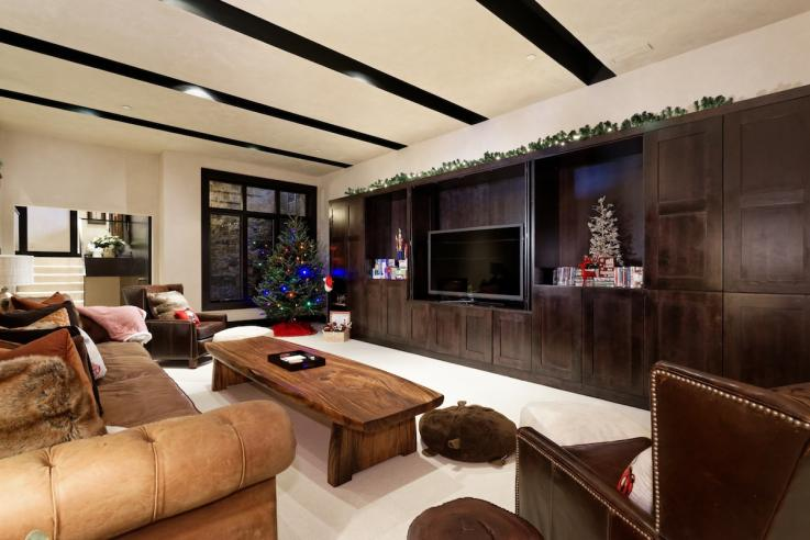 Mariah Carey's Holiday Airbnb in Aspen