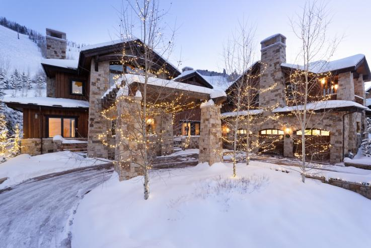 Mariah Carey's Holiday Airbnb in Aspen.