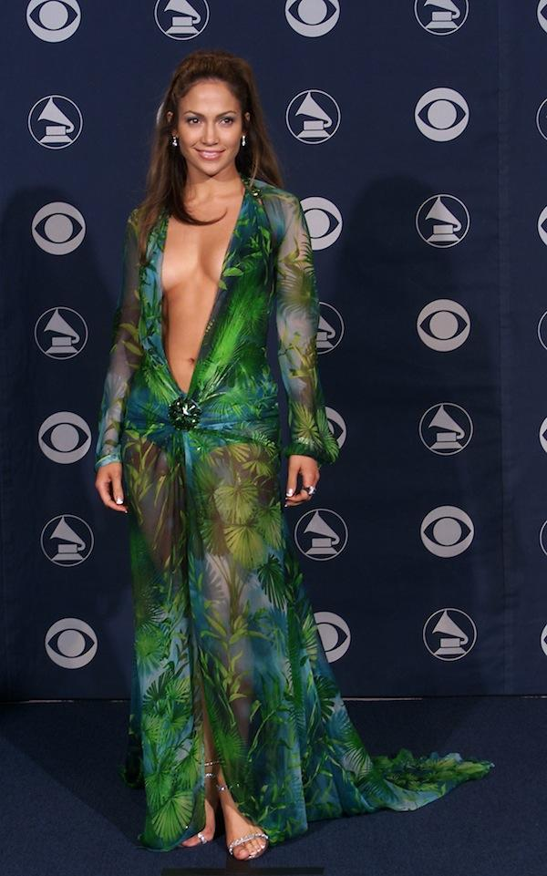 b70bc355cda Grammy Awards Red Carpet: The 10 Sexiest Dresses Of All Time ...