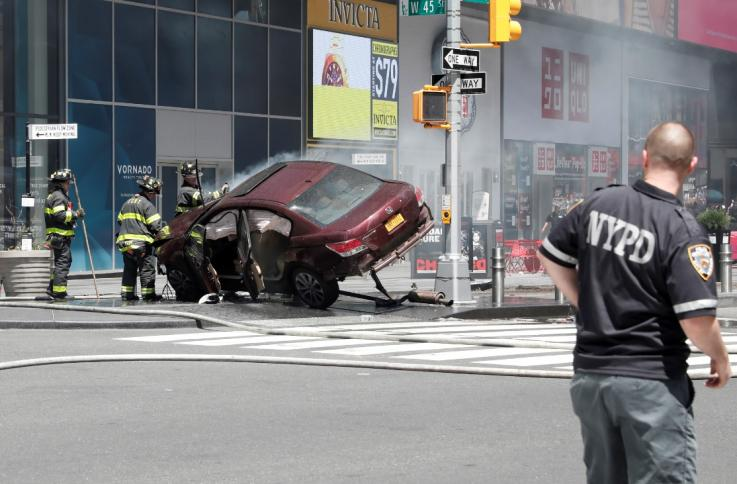 Times Square Crash 1