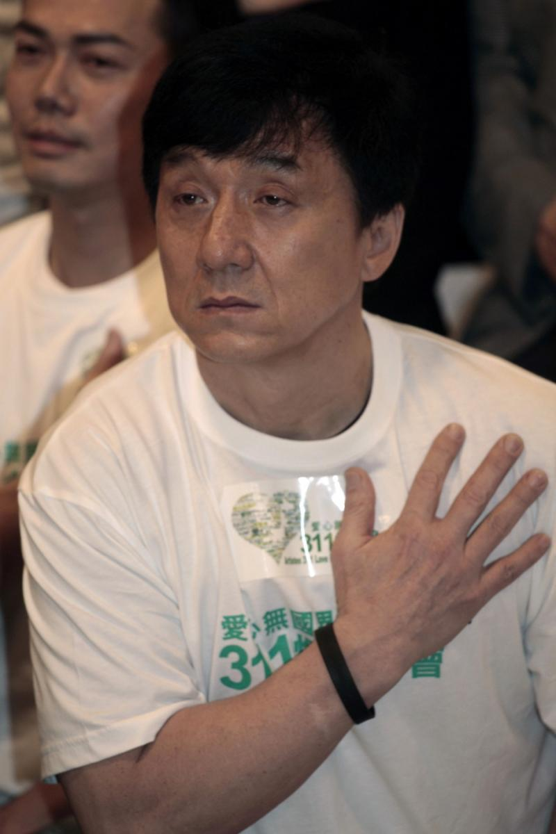 jackie chan death hoax - HD 800×1200