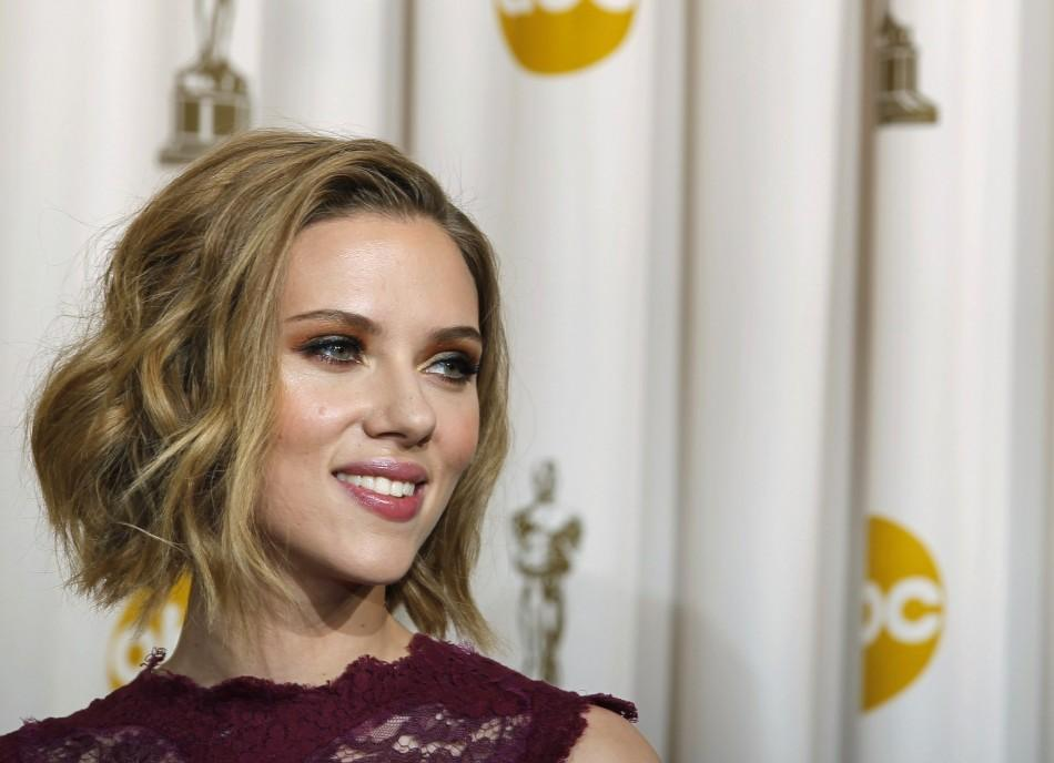 Scarlett Johansson Lets off Nude Photo Steam with Justin