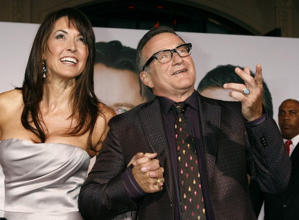 Robin Williams Weds Susan Schneider Photos Lucky for you, there is a great way to score the designer gown you've been dreaming of: robin williams weds susan schneider