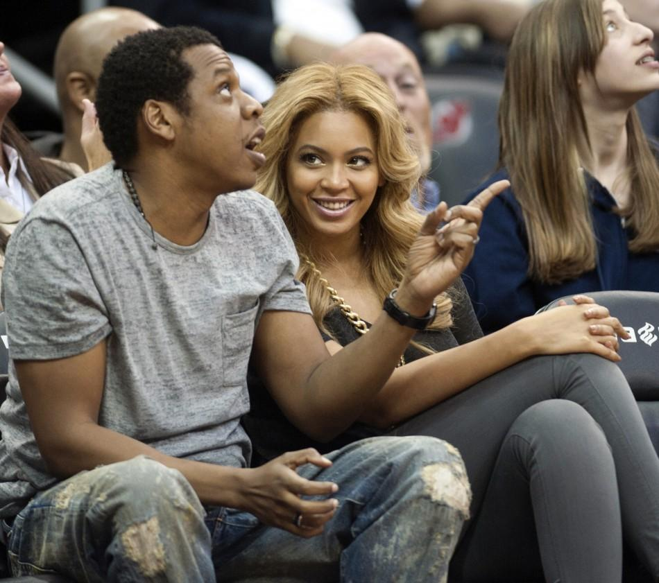Beyonce S Baby Girl High Hospital Security Annoys Other