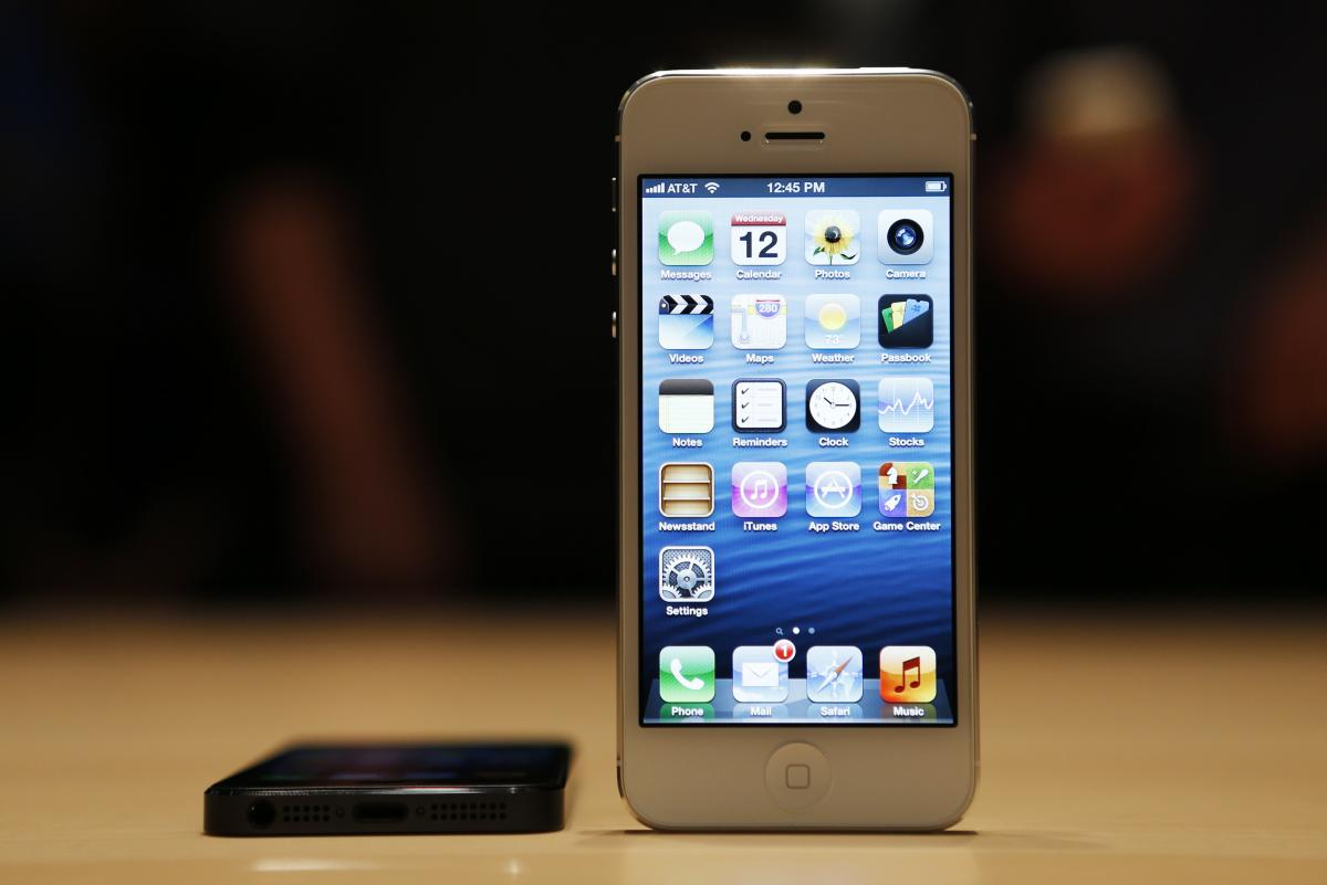 Apple iPhone 5 Problems: Touch Screen Glitch Causes Freezing